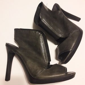 7 For All Mankind Gray Stilleto Booties Size 8